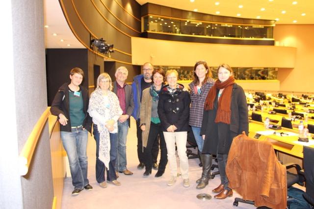 Die BAG Landwirtschaft und ländliche Entwicklung mit Sprecherin Gisela Sengl (Mitte), auf Einladung des Europaabgeordneten Martin Häusling (3. v.l.) im Europäischen Parlament in Brüssel